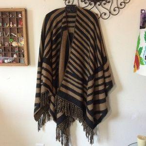 Nordstrom Sweaters - Soft Fringe Boho Wrap Shawl OSFM